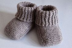 Baby Cardigan Knitting Pattern, Baby Hats Knitting, Knitting For Kids, Baby Knitting Patterns, Baby Patterns, Crochet Pattern, Sport Weight Yarn, Baby Bloomers, Baby Vest