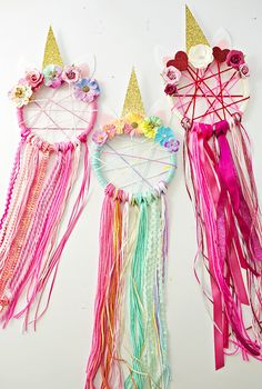 I am hopelessly in love with these Unicorn Dream Catchers…they are just so fantastic