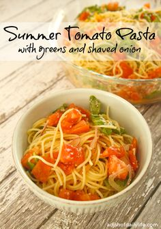 No-Cook Summer Tomato Pasta Sauce {Quick and Easy Meals} | A Dish of Daily Life