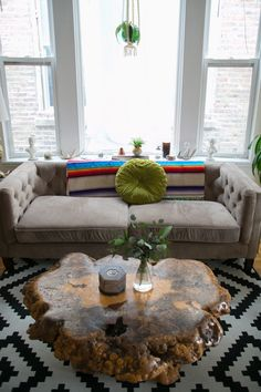 Sarah & Lindsay Share a Simple, Southwestern-Inspired Space in Chicago —…