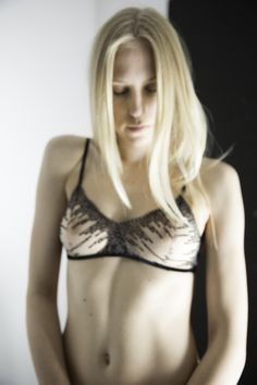 www.Fransik-Dessous.de  Fransik Dessous is handmade Lingerie of Germany. It's a one woman company. Every piece can be individualized. You can contact the owner quickly: Brief@Fransik.de  Brautdessous, Hochzeitswäsche, Strapse, Strumpfhalter, Accessoires, Brautschleier. Bridal Lingerie, Dessous,Lingerie,Unterwäsche  Foto: Alp Tigli Model: Sabrina Segerer