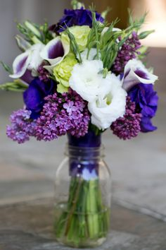 ...love the tiny pop of white...perfect blend of colors for bridesmaids bouquet (Jennifer Bagwell Photography)