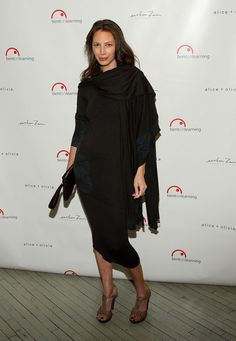 Christy Turlington Photos Photos - Model Christy Turlington attends the Bent On Learning Charity event at Stephen Weiss Studio on February 25, 2009 in New York City.  (Photo by Stephen Lovekin/Getty Images) * Local Caption * Christy Turlington - Bent On Learning Charity Event With Gwyneth Paltrow