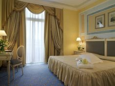 Hotel Villa Medici Firenze - blue and cream