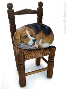 Sweet Beagle Painted on A Sea Stone | Rock Art by Roberto Rizzo