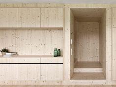 House of the Day: Haus Für Julia Und Björn by Innauer-Matt Architekten Houses Architecture, Architecture Design, Contemporary Architecture, Timber House, House In The Woods, Kitchen Interior, Tiny House, Home Design, Design Blog