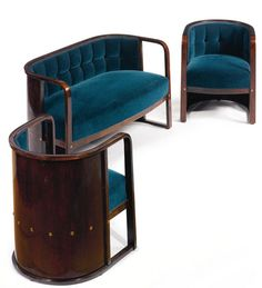 Josef Hoffmann: three-piece salon suite, model Nº In stained bentwood, brass and fabric upholstery, manufactured by Jacob and Josef Kohn, Vienna. Art Deco Furniture, Sofa Furniture, Vintage Furniture, Furniture Design, Art Nouveau, Decoration, Art Decor, Home Decor, Table Sofa