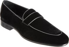 Men Black Velvet Loafer Shoes Description: Below are the main features of the product - High Quality velvet- Handmade velvet Shoes- Beautiful velvet Shoes Style- High Quality Premium velvet Shoes Best Mens Fashion, Mens Fashion Shoes, Men's Fashion, Loafer Shoes, Loafers Men, Dress With Boots, Dress Shoes, Black Leather Shoes, Men's Leather