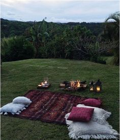 dream dates 50 Fun at Home Date Night Ideas Perfect for Parents 50 Spa zu Hause Date Night Ideas Perfekt fr Eltern ideas Cute Date Ideas, Fun Ideas, Picnic Date, Night Picnic, Summer Picnic, Fall Picnic, Beach Picnic, Dream Dates, At Home Date Nights