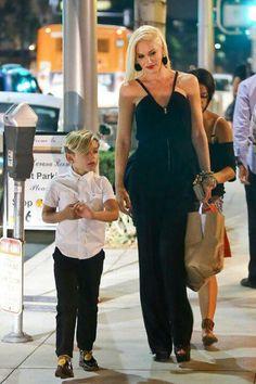 Awww stylish mum and kid, too cute xo