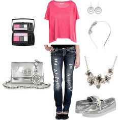 Replace the sperrys with sparkly toms and take away the headband (cause it would kill me) and I love this outfit lol