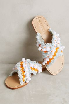Love these darling slide sandals