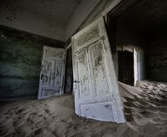 Kolmanskop, a town in the Namib desert in southern Namibia, was once a rich diamond mining village. Within a 40 year span the town lived, flourished and then died. Richer diamond deposits were discovered further south, operations were moved, nature took its course and the desert sands reclaimed their space. Thank you,Álvaro Sánchez-Montañés, for capturingthese hauntingly beautiful images!