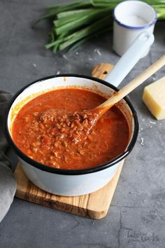 Beste Bolognese, Best Bolognese Sauce, Pasta Al Dente, Dry Red Wine, Tomato Paste, How To Dry Oregano, Ground Beef, Roots, Bacon