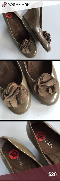 "NWOT Aerosoles leather wedges New without tags; Lovely taupe/tan (color is hard to describe but true to pictures) patent leather with a sided leather 3"" wedge; super soft, padded, comfy footbed; Smoke-free/pet-free home. AEROSOLES Shoes Wedges"