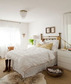 great neutral bedroom...brass bed is incredible.  And just simple Malm dressers.