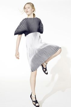 Bold lines and subtle textures - dress with two tone striped pattern // Issey Miyake