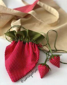 Patchwork Bags, Reusable Bags, Favorite Color, Needlework, Crafty, Tote Bag, Sewing, Pattern, Handmade