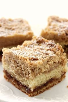 Sleep in before brunch when you make this Butter Crumb Coffee Cake the night before! This breakfast recipe has the perfect amount of cinnamon spice to enjoy with your friends over late-morning cocktails. Pokemon Torte, Crumb Coffee Cakes, Crumb Cakes, Cake Recipes, Dessert Recipes, Bread Recipes, Delicious Desserts, Yummy Food, 9x13 Baking Dish