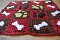 Paw prints and bones sewed onto a sweet little blanket. Perfect for a car seat or to spoil your pooch in their dog bed. Machine washable and very soft! It is 19 x 16 Can be made in a larger size and& different colors. Ask us about custom orders Afghan Crochet Patterns, Crochet Stitches, Crochet Afghans, Diy Crochet, Crochet Baby, Knitting Projects, Crochet Projects, Crochet Dog Sweater, Dog Quilts
