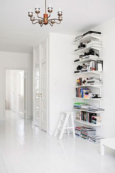 #home #whiteout #bookshelf