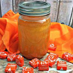 Orange Starburst Moonshine Recipe - Crafty Morning - New Ideas Homemade Moonshine, Apple Pie Moonshine, Peach Moonshine, Mixed Drinks, Fun Drinks, Yummy Drinks, Alcoholic Drinks, Beverages, Rezepte