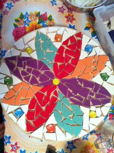 Mosaic Tile Art, Mosaic Rocks, Mosaic Diy, Stone Mosaic, Mosaic Glass, Mosaics, Tile Crafts, Mosaic Crafts, Mosaic Projects