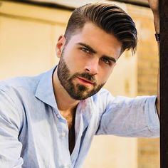 Gallery Of Awesome Latin Mens Hairstyles for Your Hairstyle. Mens Hairstyles Pompadour, Trendy Mens Hairstyles, Boy Hairstyles, Haircuts For Men, Mens Facial, Facial Hair, Beard Styles For Men, Hair And Beard Styles, Groom Hair Styles