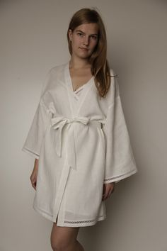 Linen Short Night Gown With Laces at Sleeves and Bottom. Love this robe.