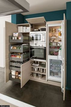 Kitchen Pantry Design, Diy Kitchen Storage, Modern Kitchen Design, Interior Design Kitchen, Kitchen Decor, Kitchen Ideas, American Kitchen Design, Rustic Kitchen, Refacing Kitchen Cabinets