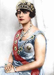 Queen soraya tarzi of Afghanistan 1899 - 1968 - الملكة ثريا ترزي زوجة امان الله خان ملك افغانستان ، ولدت وتعلمت في دمشق ،سوريا لاسرة افغانية منفية ، كانت اول امرأة شرقية تظهر مع زوجها الملك على الملأ