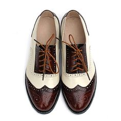 Find More Women\'s Flats Information about 2016 Fashion British Style Oxford Brogue Shoes For Women Vintage Carved Bullock Genuine Leather Flat Shoes Women Oxfords,High Quality shoe shoe stores,China shoe necklace Suppliers, Cheap shoe zone shoes from shoes of stars on Aliexpress.com