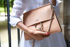 Chloe Handbags Spread the love Red Bottom Shoes, Chloe Handbags, Minimalist Bag, Chloe Bag, Cloth Bags, Fashion Handbags, Bag Sale, Clothing Items, Style Icons
