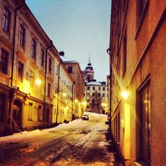 Hilly Södermalm. Discover restaurants, bars, shops, clubs & cultural hotspots that locals love in Stockholm: www.10thingstodo.in