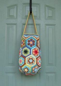 17 best ideas for crochet tutorial granny square african flowers Bag Crochet, Crochet Handbags, Crochet Purses, Love Crochet, Crochet Granny, Crochet Crafts, Crochet Projects, Crochet Blogs, Beautiful Crochet