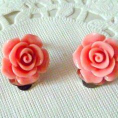 Boucles d'oreille clips fleurs roses ton vieux rose