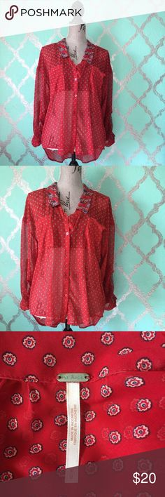 Free People Red Paisley Boho Blouse Free People Red Paisley Sheer Blouse Hi-low style, long sleeve. Size: Medium  Color: Red Material: 100% Polyester   Measurements: (approximate) Pit to Pit - 21' inches Length- 29' inches  Condition: Pre-loved  Thank you so much for shopping my closet ♡♡       @ roxyrox5 Free People Tops Blouses