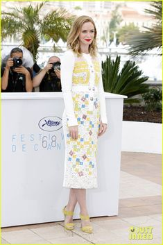 Emily Blunt Speaks Out About Rumors That Cannes Requires Women to Wear Heels