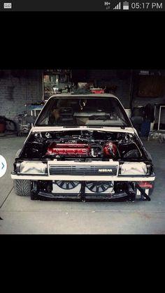 Nissan b12. 2000cc, Vvl.