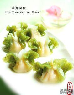 jade shrimp dumpling 翡翠蝦餃 from http://hnayhrh.blog.163.com/blog/static/42133888201022184118926/