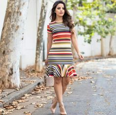 New dress midi outfit shoes ideas Trendy Dresses, Casual Dresses, Summer Dresses, Dress Outfits, Fashion Dresses, Fashion Corner, Look Chic, Blouse Styles, Classy Dress