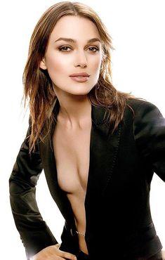 (圖) 平胸也是美,今天是Keira Knightley的29歲生日...
