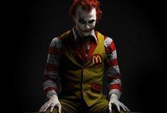 Clown + The Joker = Scary Ronald McDonald Le Joker Batman, The Joker, Joker Art, Joker And Harley Quinn, Spiderman, Joker Pics, Joker Comic, Joker Heath, Batman Stuff