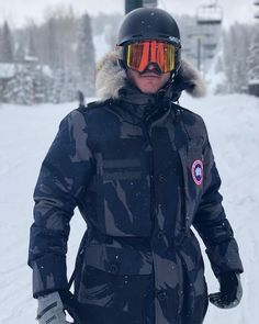 """5,496 Likes, 65 Comments - @thereallukeevans on Instagram: """"Epic final day on the slopes. Thanks @sundancefilm for a very fun first time. @thealienisttnt…"""""""