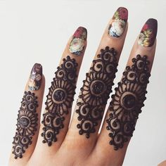 New and Simple Collection of Mehandi Design - Brain Hack Quotes Henna Tattoo Designs Simple, Finger Henna Designs, Arabic Henna Designs, Mehndi Designs 2018, Modern Mehndi Designs, Mehndi Designs For Girls, Mehndi Designs For Beginners, Mehndi Simple, Beautiful Henna Designs