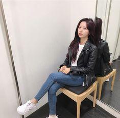 Ulzzang Fashion, Korean Fashion, Concert Looks, Girl Fashion, Fashion Outfits, Ulzzang Korean Girl, Cosmic Girls, Professional Outfits, Korean Celebrities