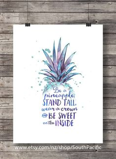 Be a Pineapple Printable art watercolor pineapple tropical Wall art Printable art watercolor pineapp Pineapple Tattoo, Pineapple Art, Pineapple Watercolor, Pineapple Sayings, Tumblr Rooms With Lights, Hawaii Five 0, Let's Make Art, Art Watercolor, My New Room