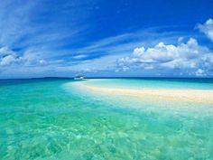地図に載っていない奇跡の島。「バラス島」が天国のような美しさ