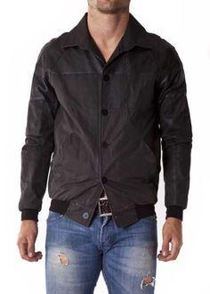 http://www.vittogroup.com/categoria-prodotto/uomo/stilisti-brands-uomo/2-di-picche-recycled/