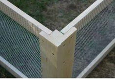 wood and lathe fence corner detail